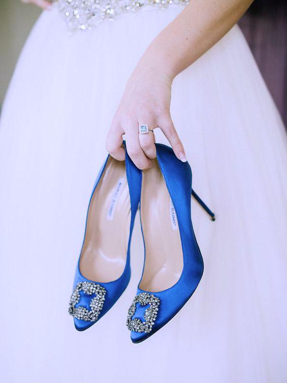 apprendista Mortale Arena  I tessuti più belli per gli abiti da sposa